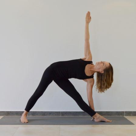 Justine Rowan - UK Yoga Teacher
